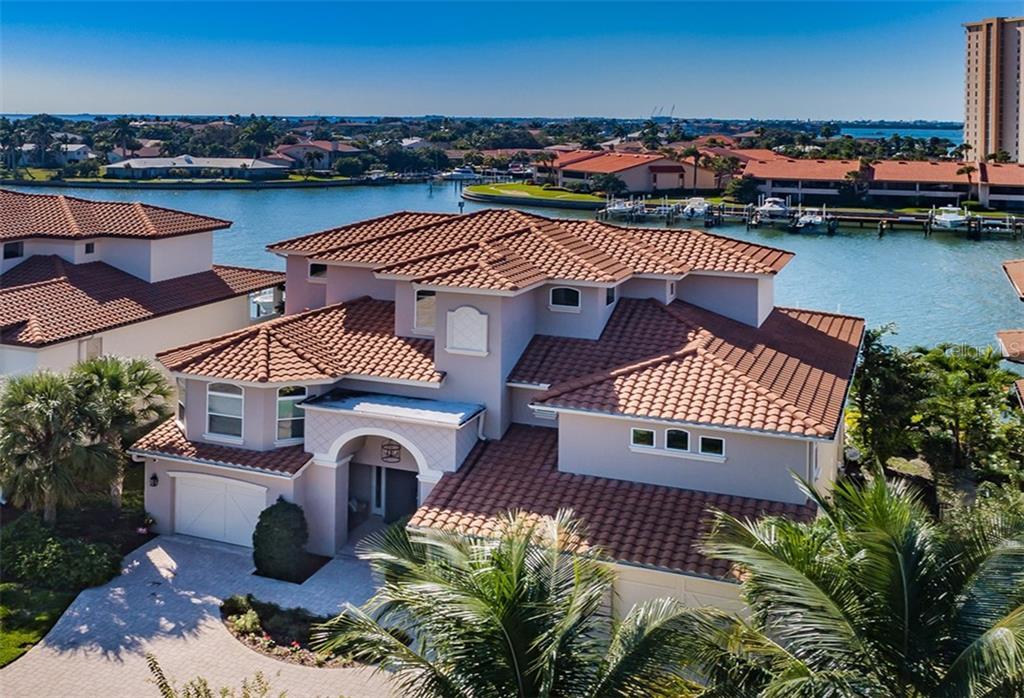 23 Bayfront Ct S Property Photo