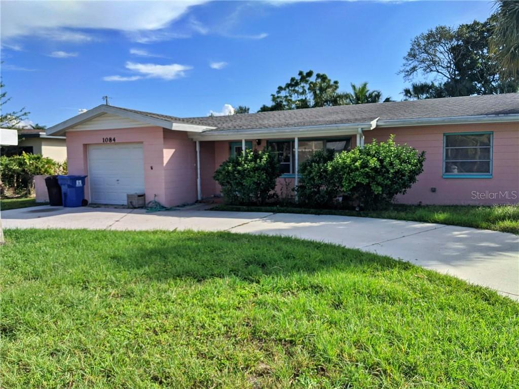 1084 40TH AVE NE Property Photo - ST PETERSBURG, FL real estate listing