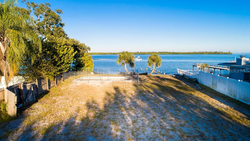 6043 Bayou Grande Blvd Ne Property Photo