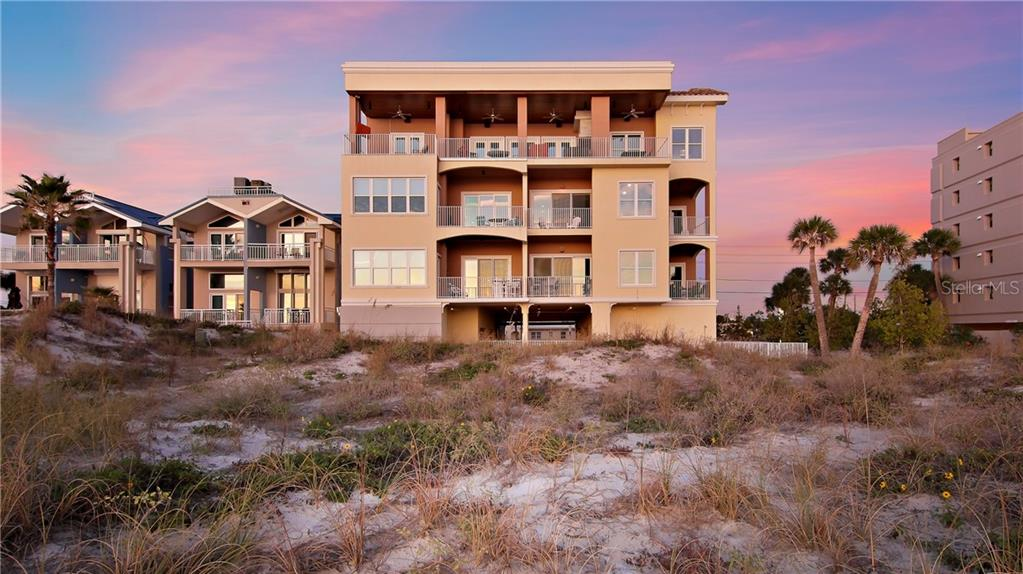 13700 GULF BOULEVARD #301 Property Photo - MADEIRA BEACH, FL real estate listing