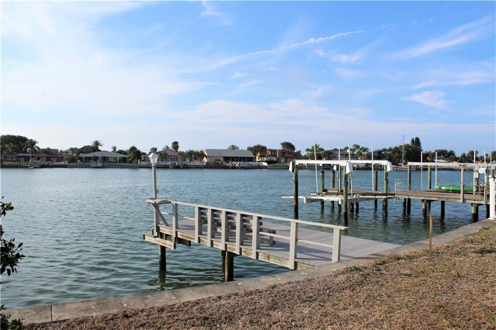 2204 DONATO DRIVE Property Photo - BELLEAIR BEACH, FL real estate listing