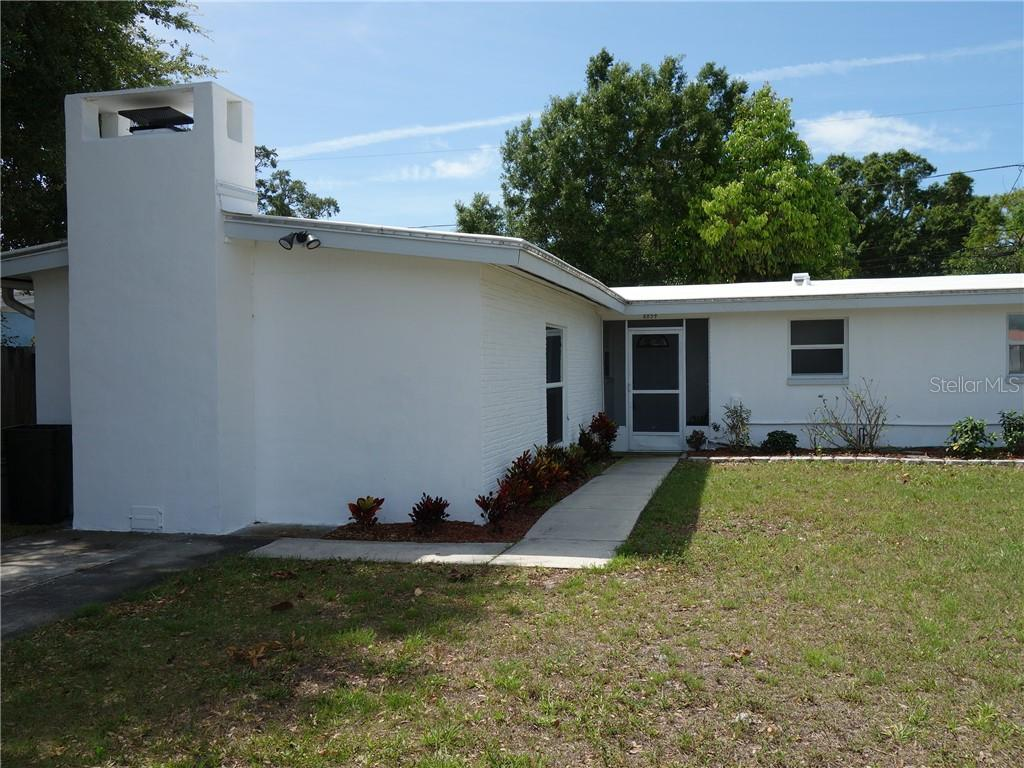 8854 78TH PLACE Property Photo - SEMINOLE, FL real estate listing