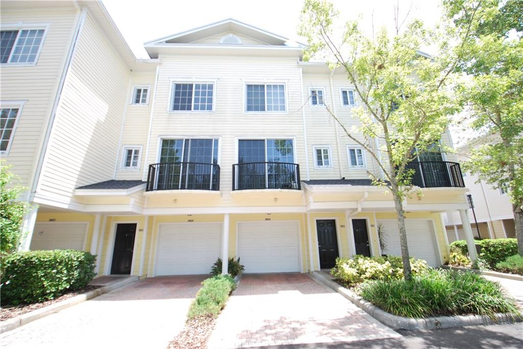 9815 MEADOW FIELD CIRCLE Property Photo - TAMPA, FL real estate listing