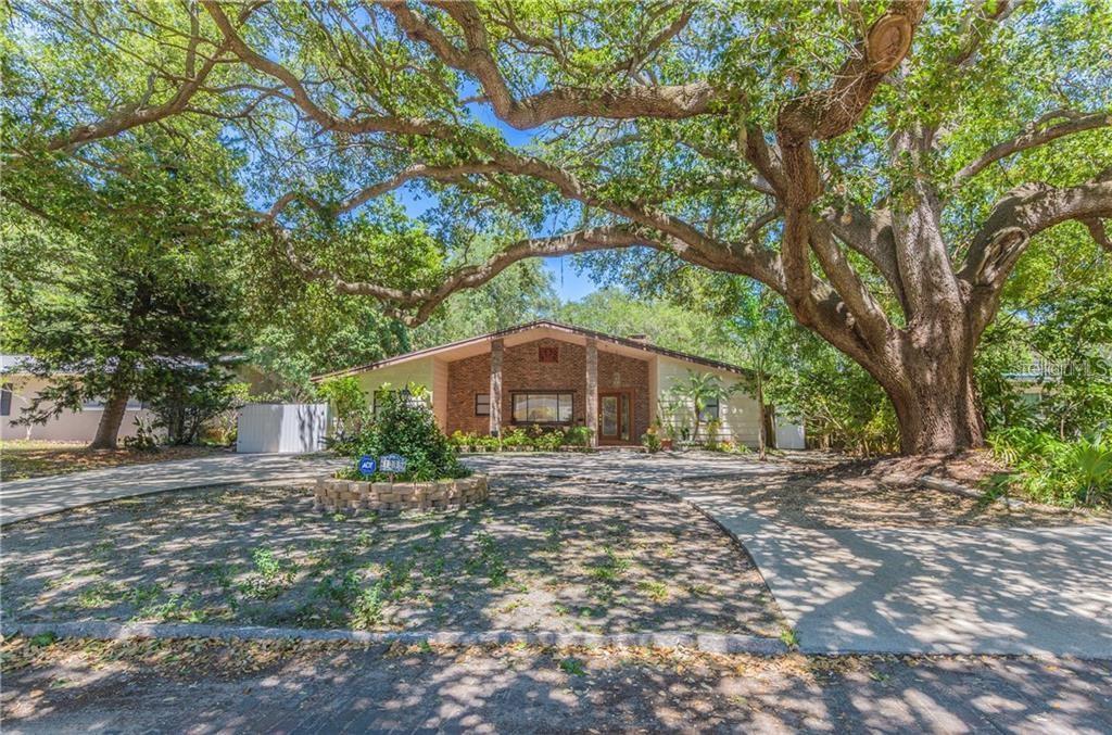 1235 JUNGLE AVENUE N Property Photo - ST PETERSBURG, FL real estate listing