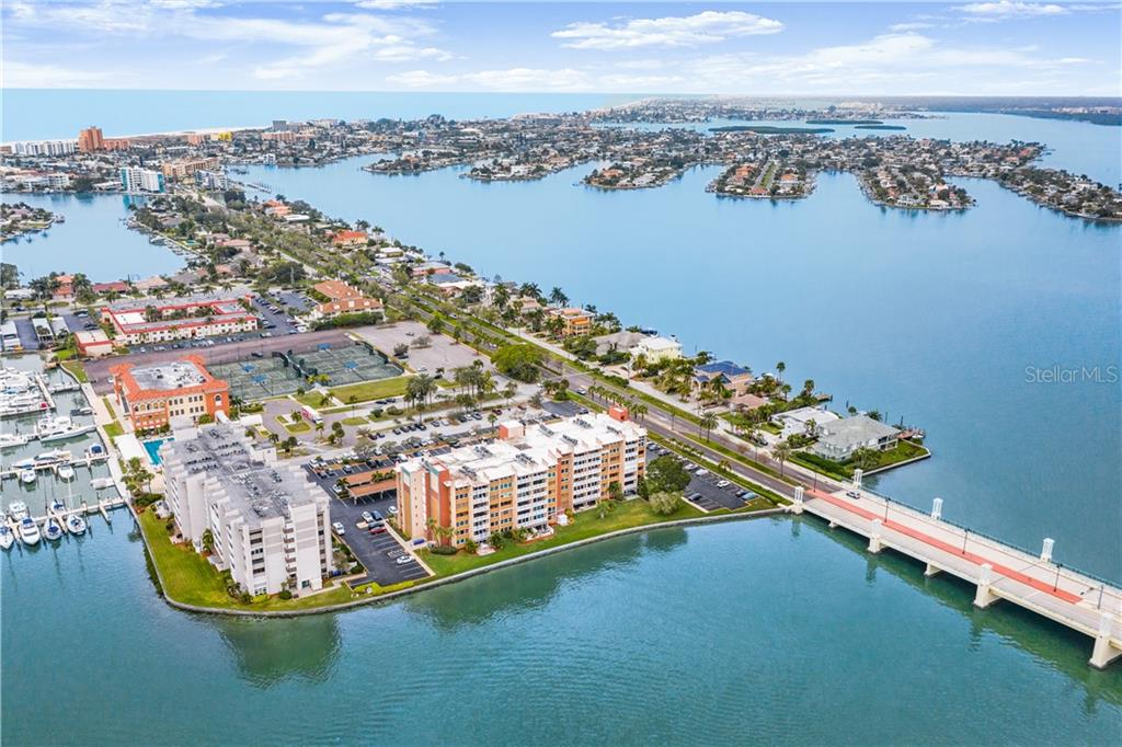 500 TREASURE ISLAND CAUSEWAY #305 Property Photo - TREASURE ISLAND, FL real estate listing