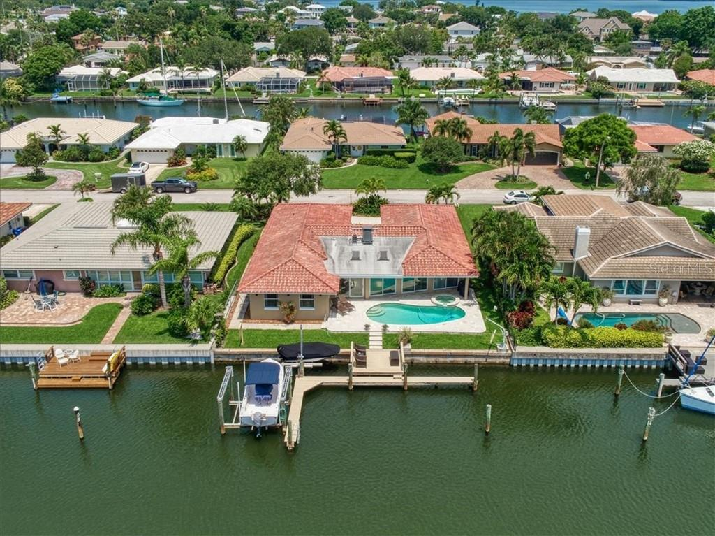 2016 MICHIGAN AVE NE Property Photo - ST PETERSBURG, FL real estate listing