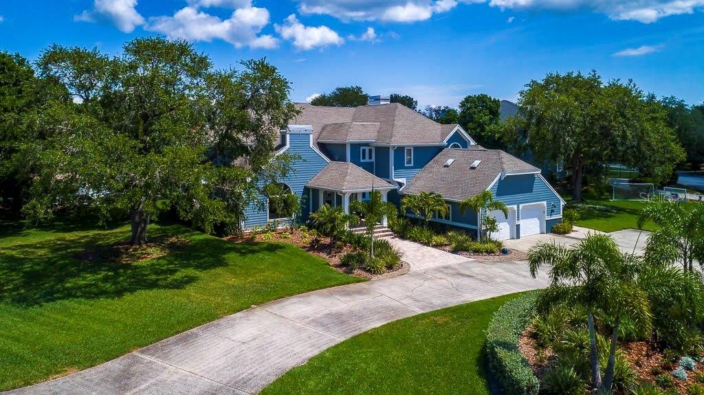 791 SUWANNEE COURT NE Property Photo - ST PETERSBURG, FL real estate listing