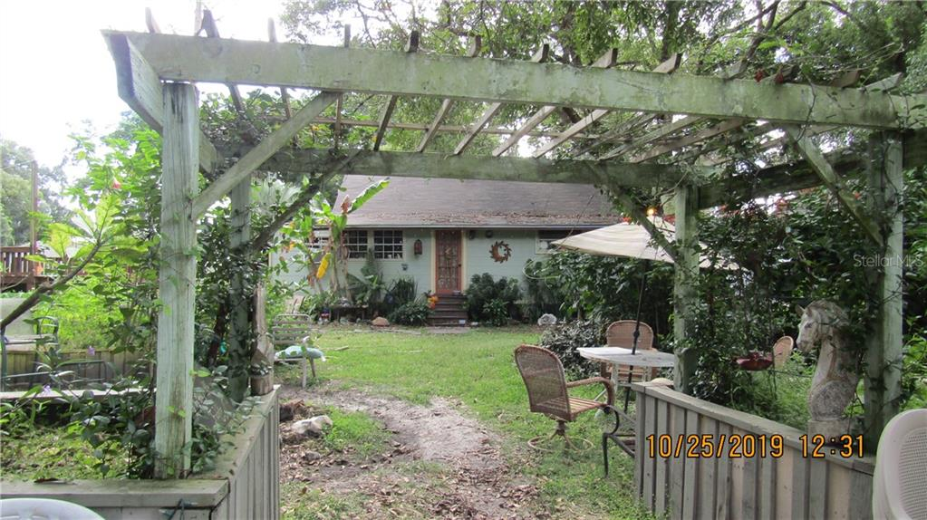 21503 & 21509 GLORY ROAD Property Photo - LUTZ, FL real estate listing