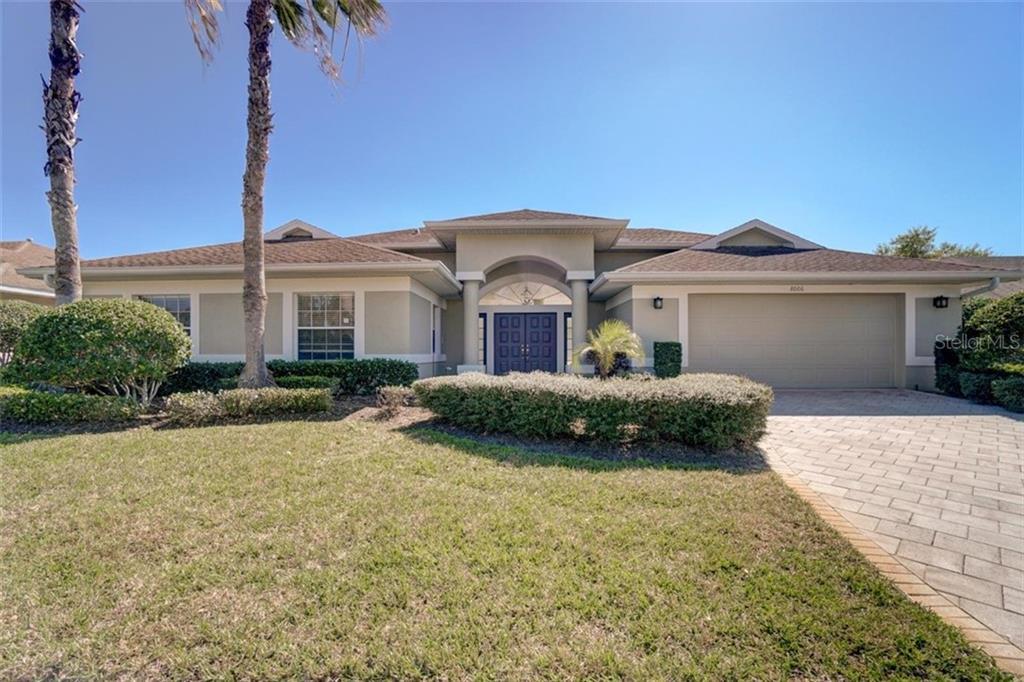 8006 ELISABETH LANE Property Photo - SEMINOLE, FL real estate listing