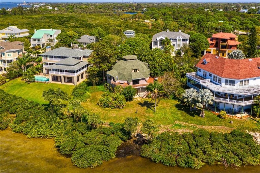 1074 POINT SEASIDE DRIVE Property Photo - CRYSTAL BEACH, FL real estate listing