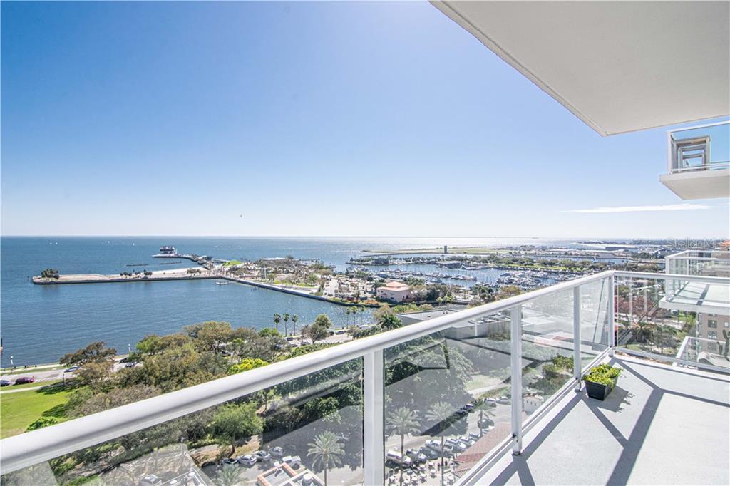 176 4TH AVE NE #1701 Property Photo - ST PETERSBURG, FL real estate listing