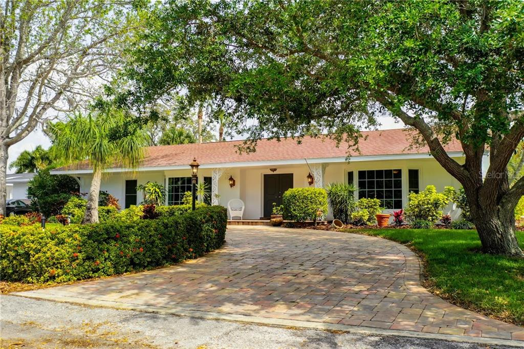 219 HARBOR VIEW LANE Property Photo - LARGO, FL real estate listing