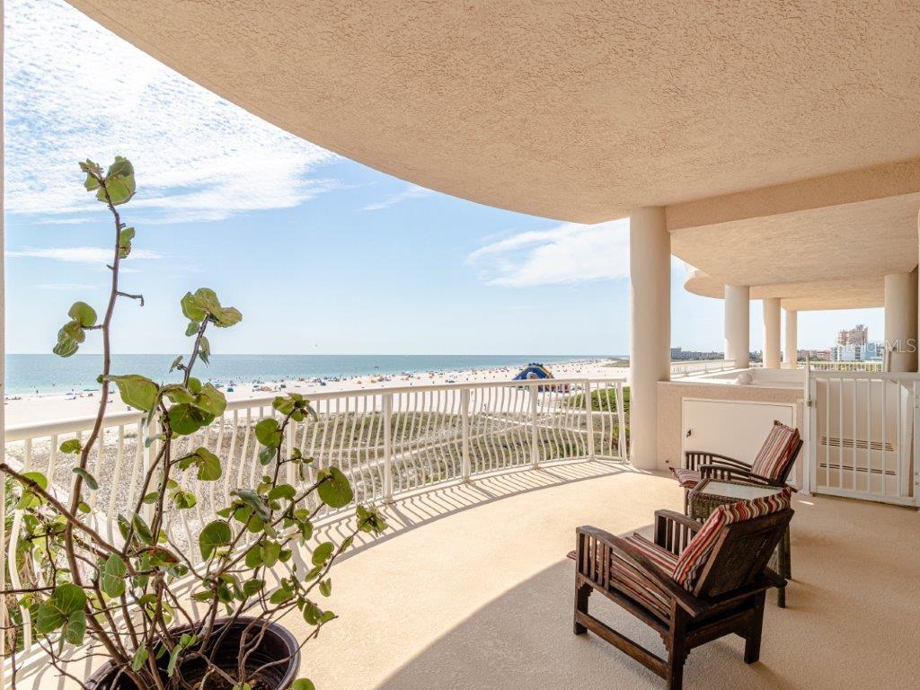 10324 GULF BOULEVARD #400 Property Photo - TREASURE ISLAND, FL real estate listing