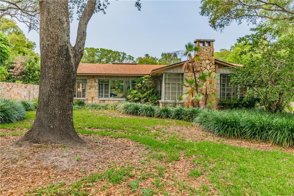 915 41ST AVENUE N Property Photo - ST PETERSBURG, FL real estate listing