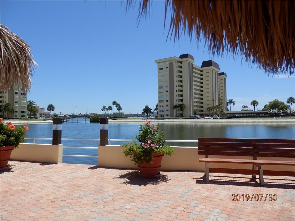 4775 Cove Circle #907 Property Photo