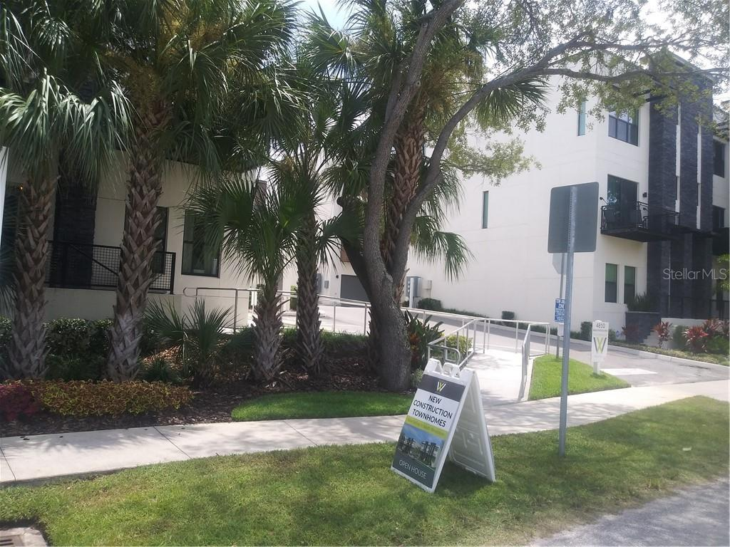 4810 W MCELROY AVENUE #17 Property Photo - TAMPA, FL real estate listing