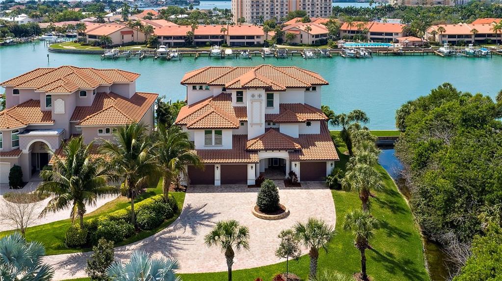 25 Bayfront Ct S Property Photo
