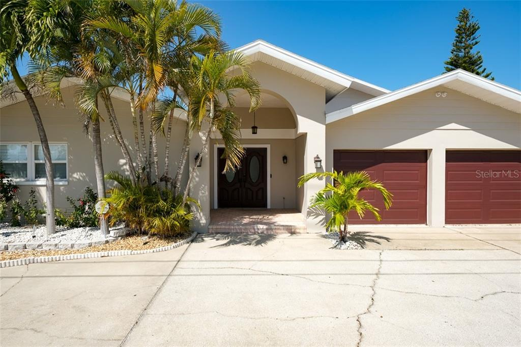 2822 W VINA DEL MAR BOULEVARD Property Photo - ST PETE BEACH, FL real estate listing