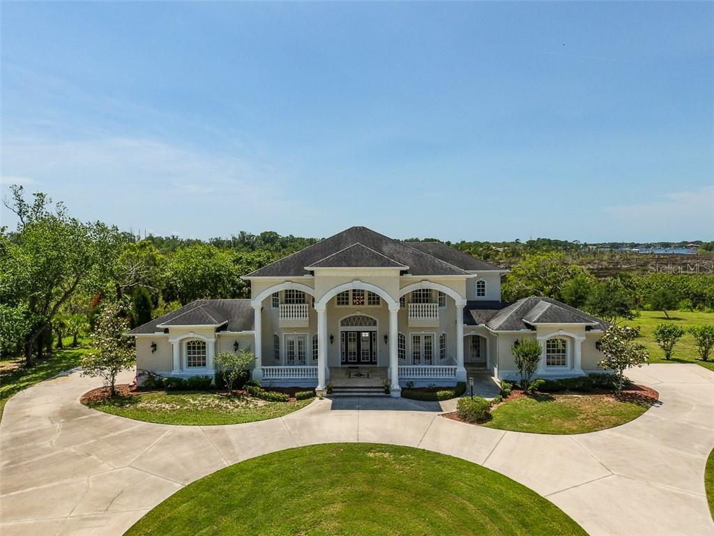 1216 E LAKE DRIVE Property Photo - TARPON SPRINGS, FL real estate listing