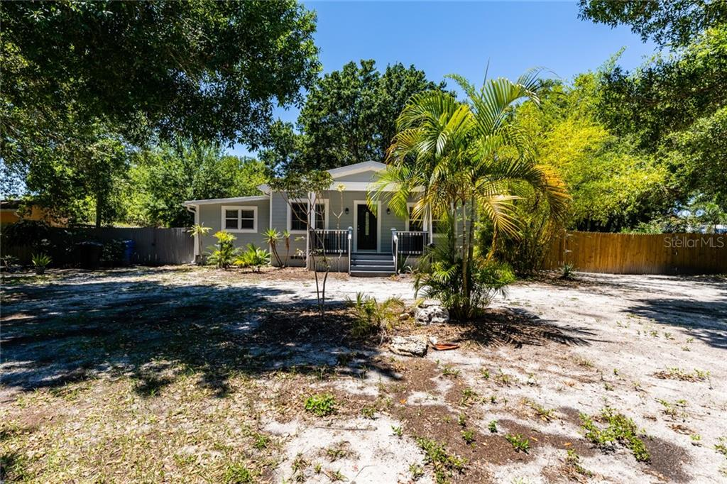 5816 PIERCE DR NE Property Photo - ST PETERSBURG, FL real estate listing