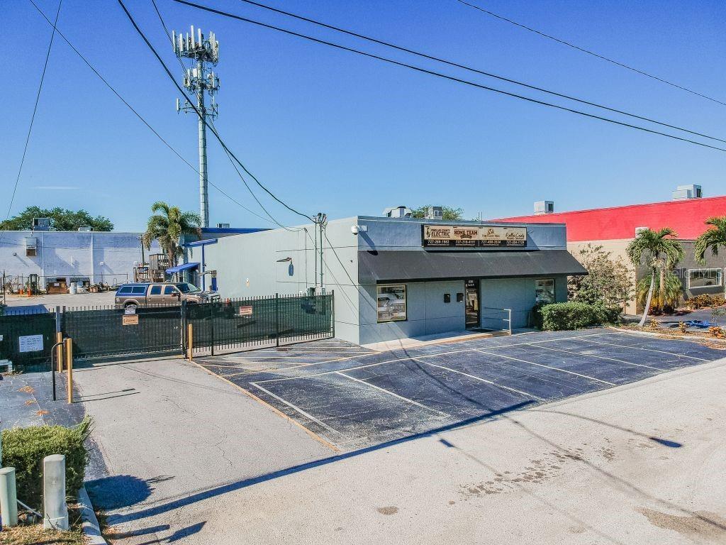 3015 46TH AVENUE N Property Photo - ST PETERSBURG, FL real estate listing