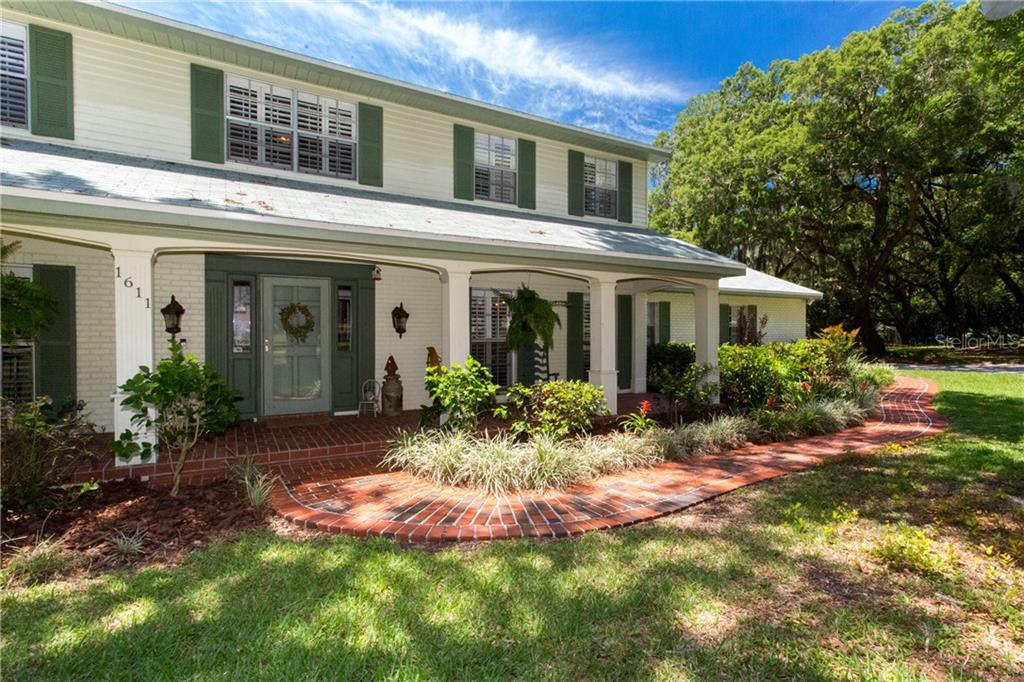 1611 COTTAGEWOOD DRIVE Property Photo - BRANDON, FL real estate listing