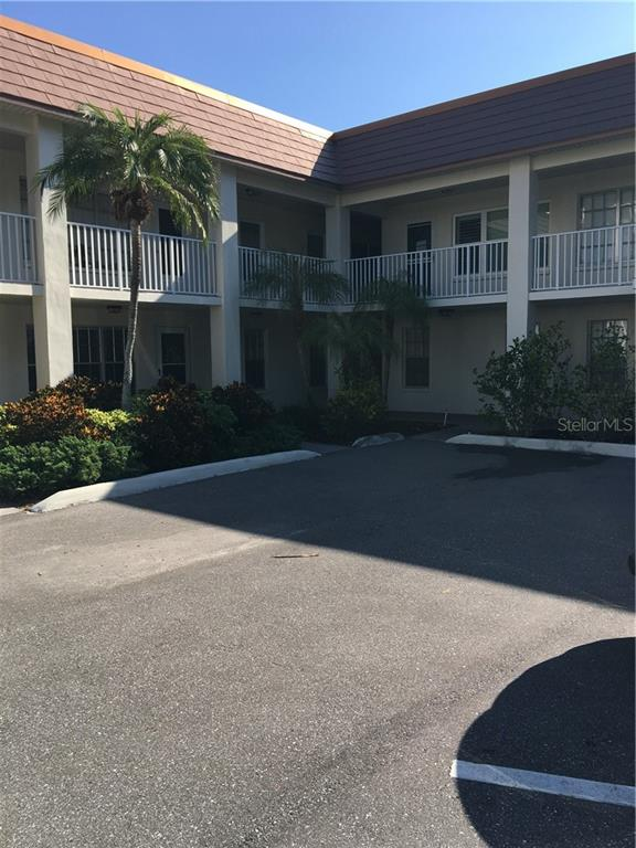 333 ISLAND WAY #102 Property Photo - CLEARWATER, FL real estate listing