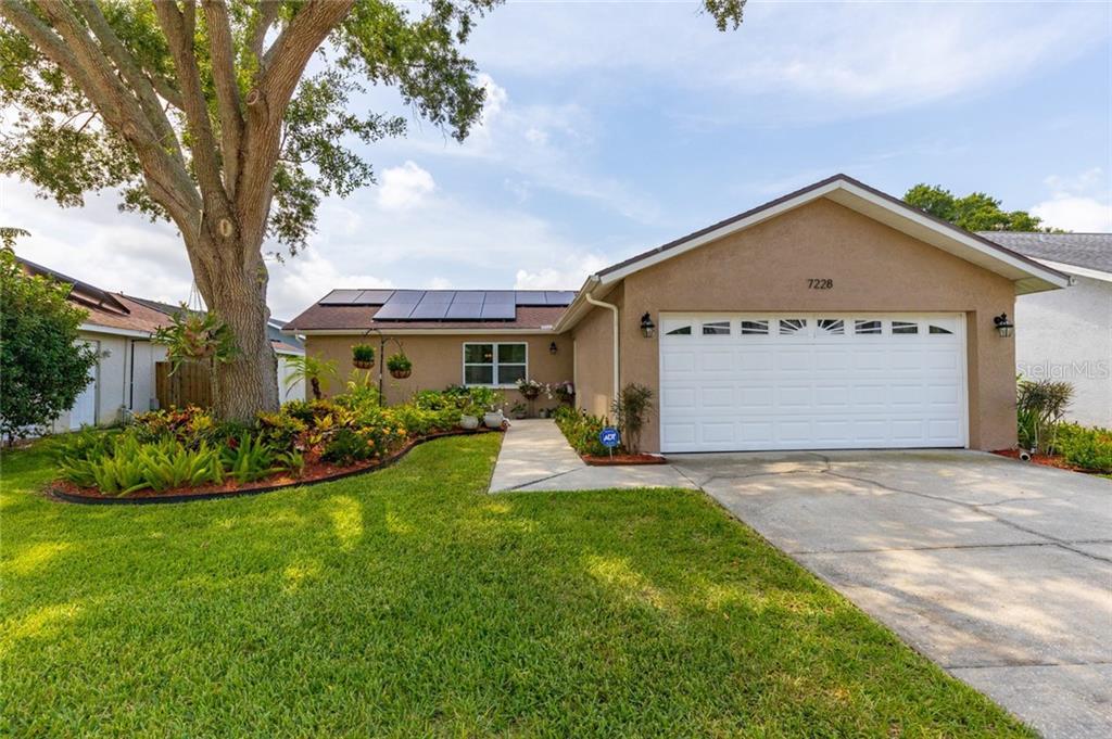 7228 121ST TERRACE Property Photo - LARGO, FL real estate listing