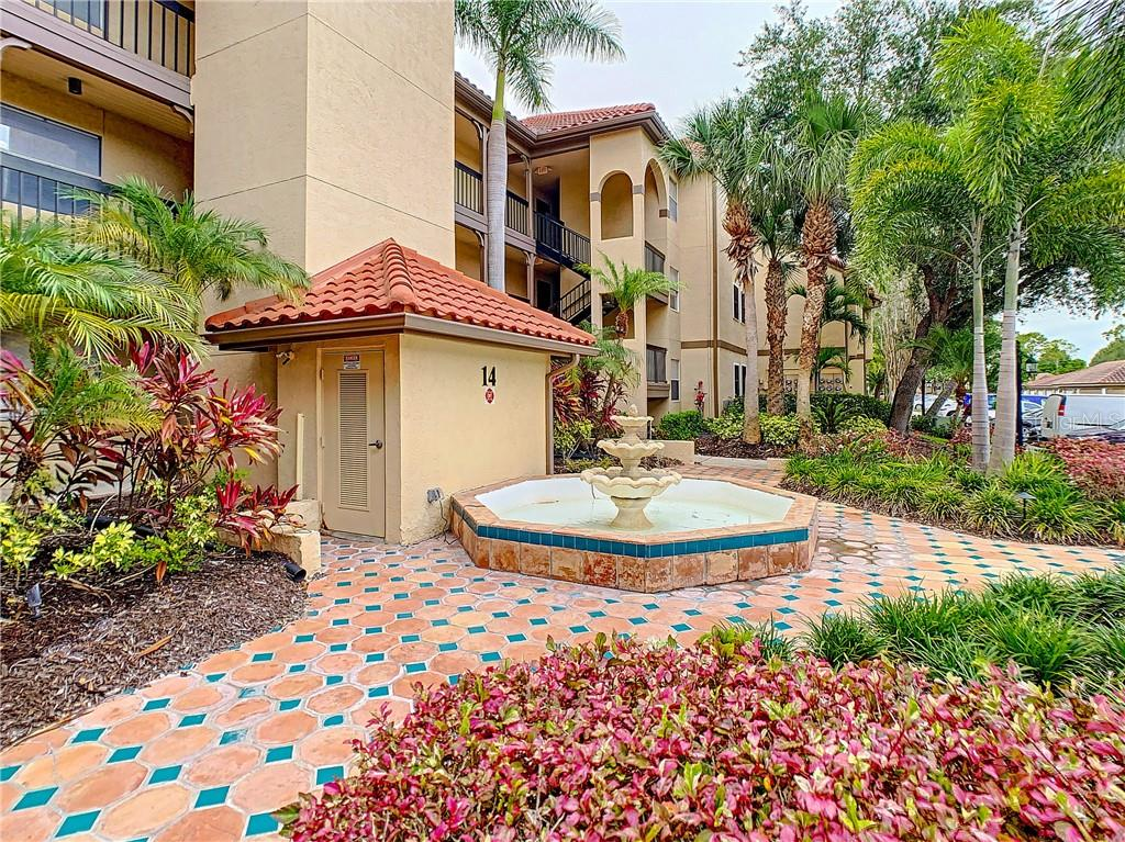 2400 FEATHER SOUND DRIVE #1424 Property Photo - CLEARWATER, FL real estate listing