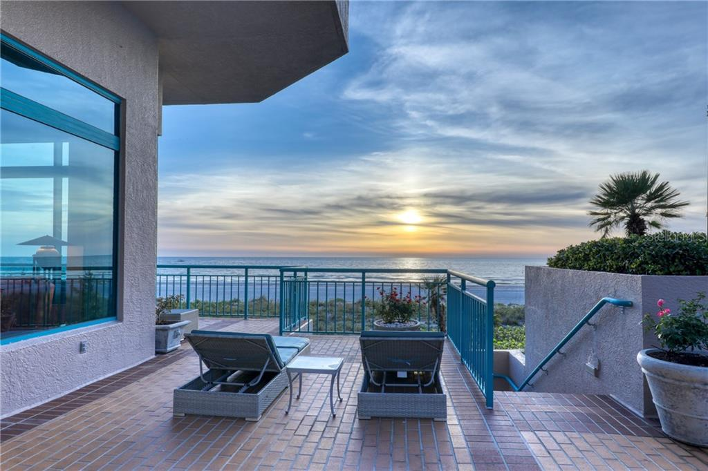 1540 GULF BLVD #201 Property Photo - CLEARWATER, FL real estate listing