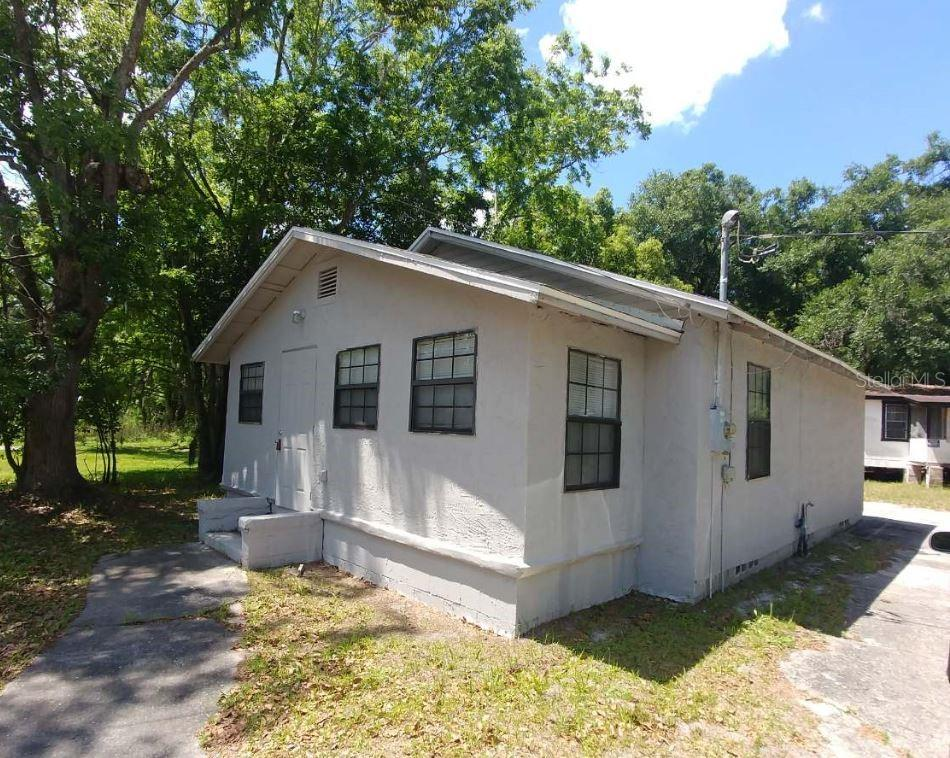 502 SE 9TH ST Property Photo - GAINESVILLE, FL real estate listing