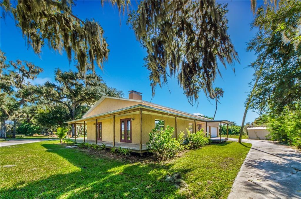 2409 29TH ST E Property Photo - PALMETTO, FL real estate listing
