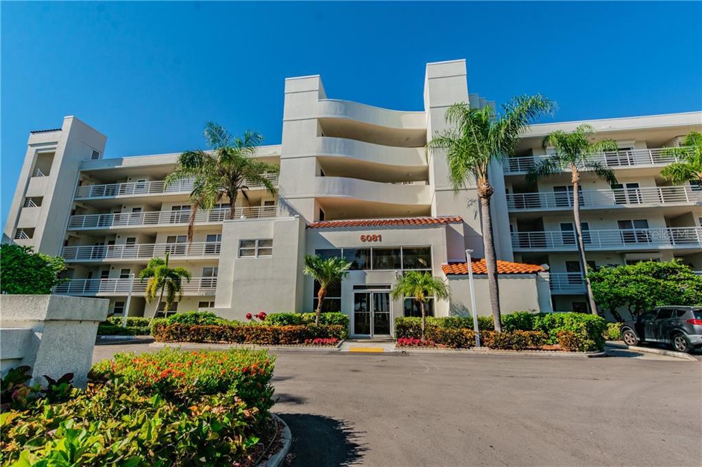 6081 BAHIA DEL MAR CIR #249 Property Photo - ST PETERSBURG, FL real estate listing