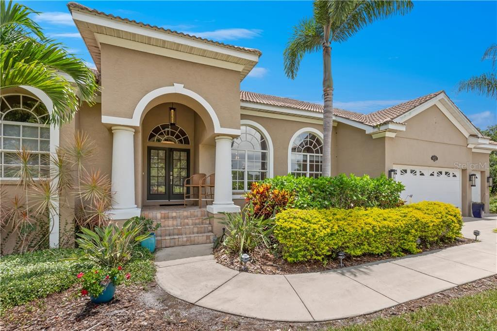 6052 PASADENA POINT BLVD S Property Photo - GULFPORT, FL real estate listing