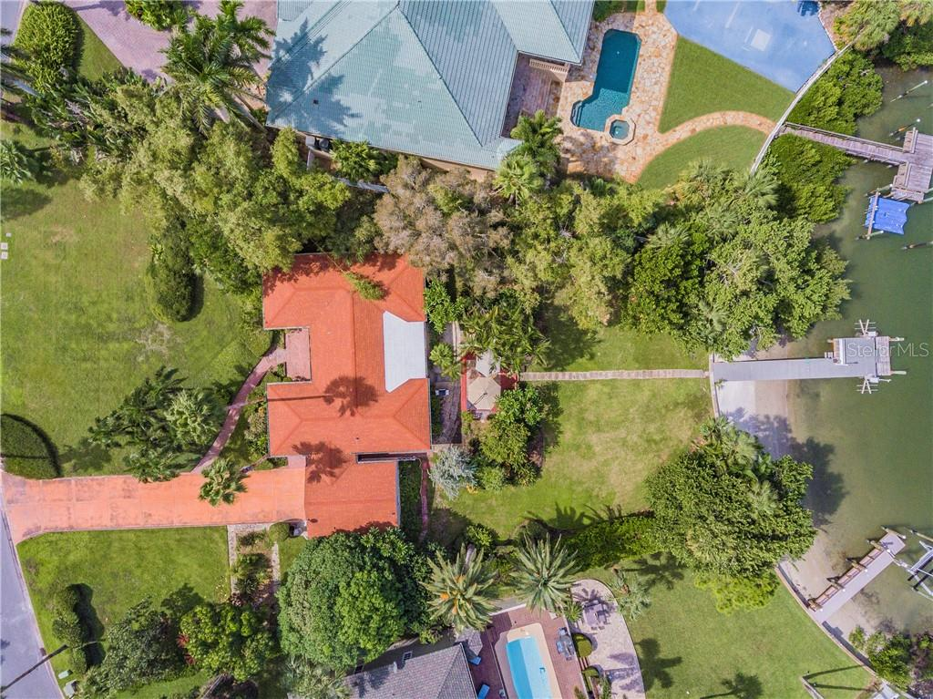 230 BATH CLUB BOULEVARD S Property Photo - NORTH REDINGTON BEACH, FL real estate listing