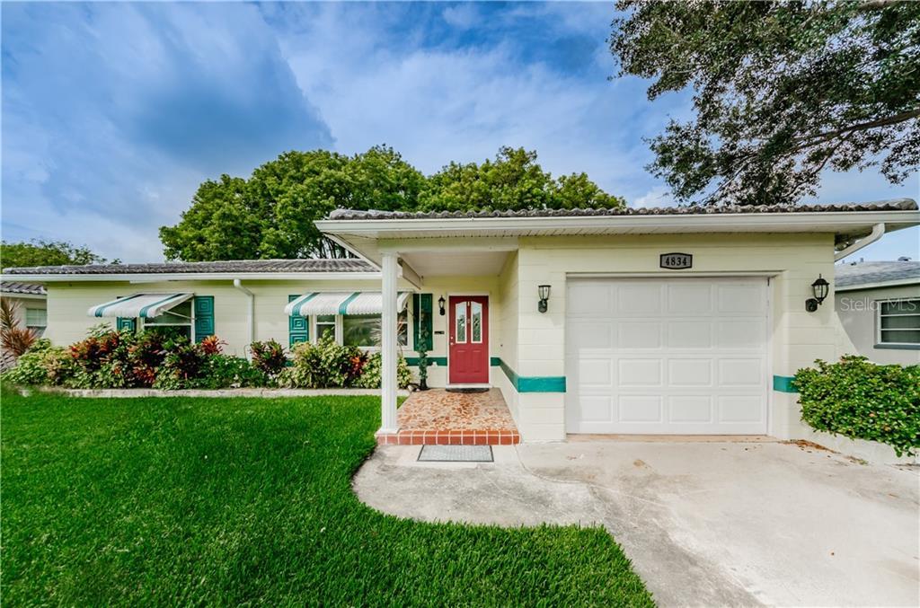 4834 LAKE CHARLES DRIVE N Property Photo - KENNETH CITY, FL real estate listing