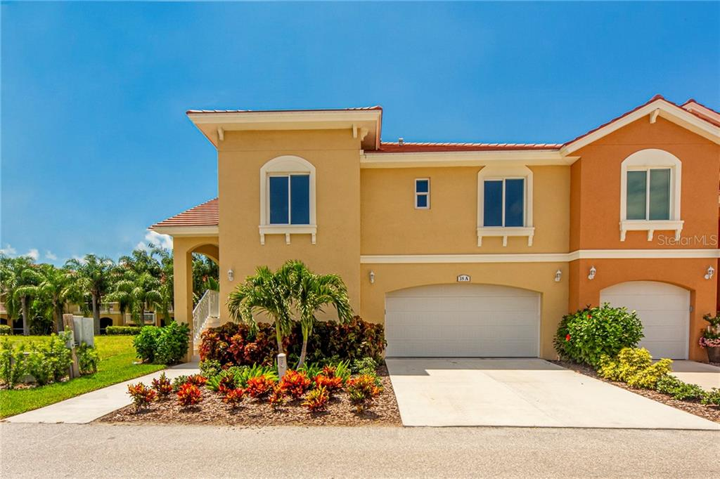 18 FRANKLIN COURT S #A Property Photo - ST PETERSBURG, FL real estate listing