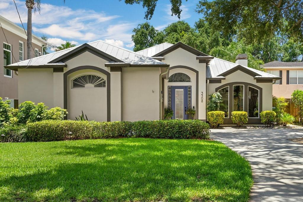 3308 W KNIGHTS AVE Property Photo - TAMPA, FL real estate listing
