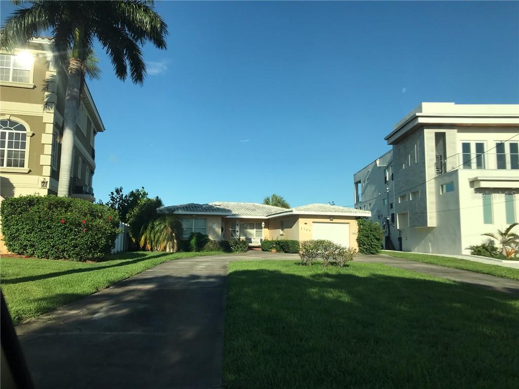 Property Photo - ST PETERSBURG, FL real estate listing