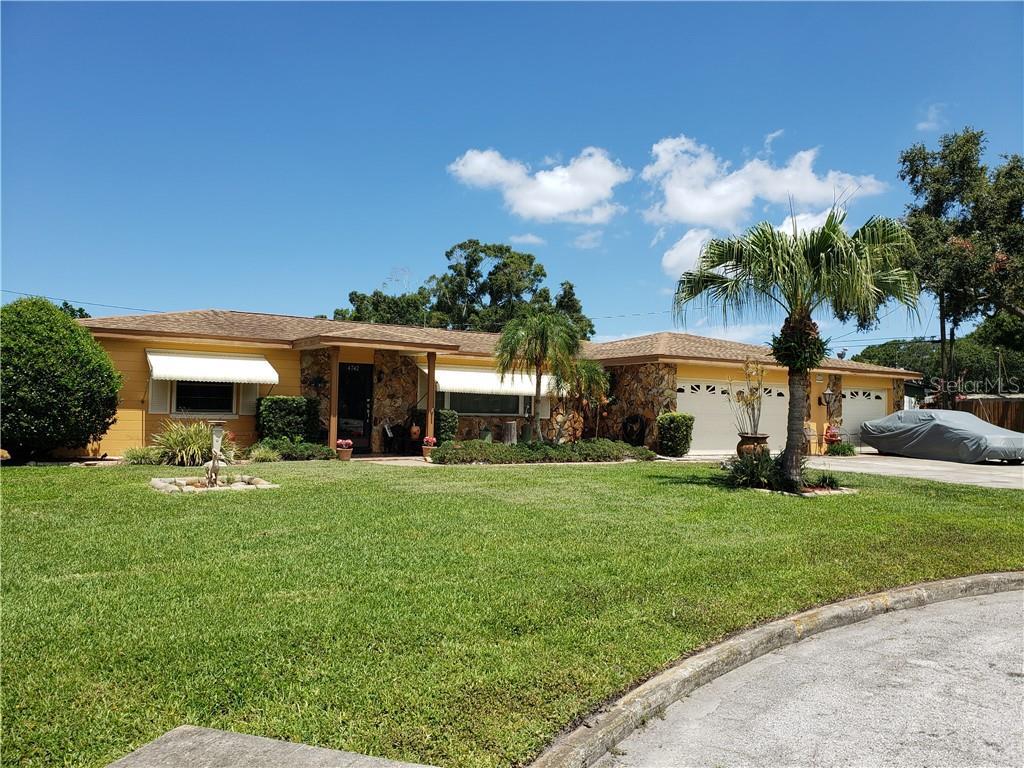 4742 58TH WAY N Property Photo - KENNETH CITY, FL real estate listing