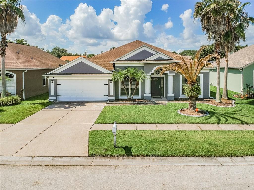 807 BAYOU VIEW DR Property Photo - BRANDON, FL real estate listing