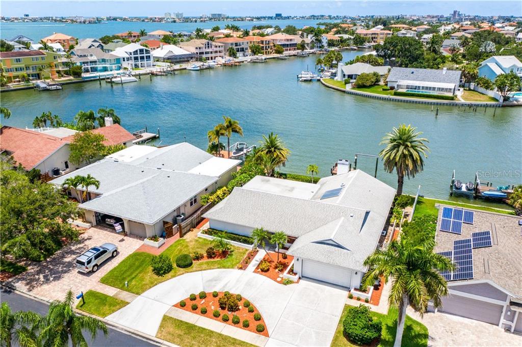 2833 SKIMMER POINT DR S Property Photo - GULFPORT, FL real estate listing
