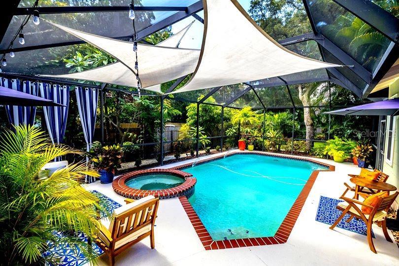 241 PRESIDENT ST Property Photo - DUNEDIN, FL real estate listing