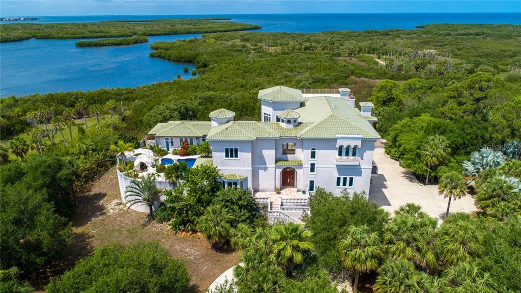 7021 Manor Beach Rd Property Photo