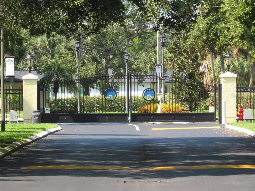 3001 58TH AVENUE S #607 Property Photo - ST PETERSBURG, FL real estate listing