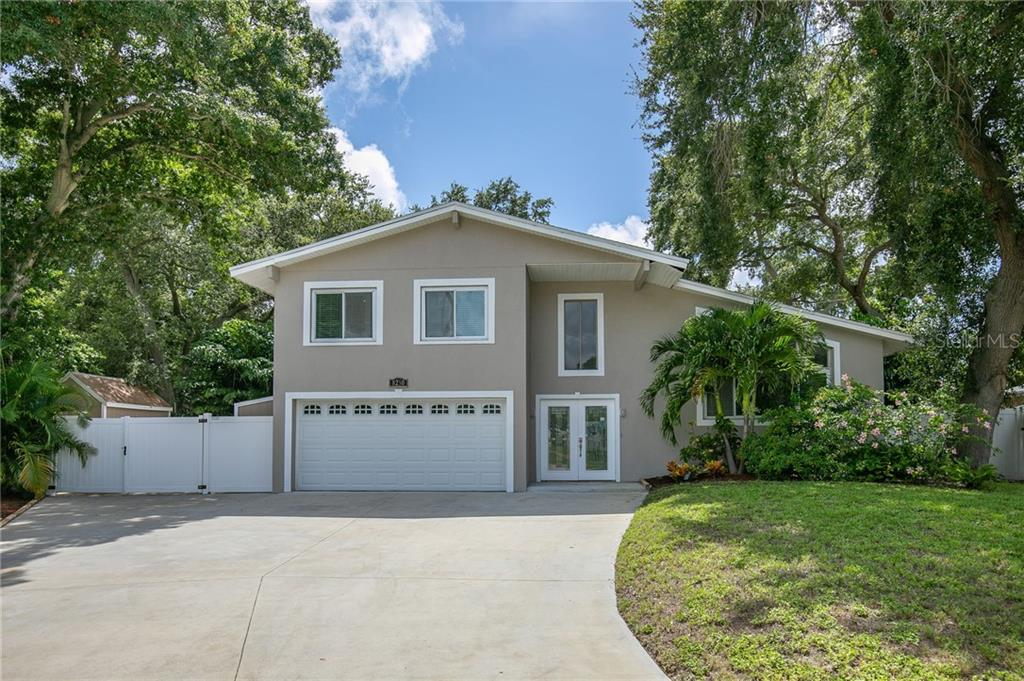 8250 139TH LN Property Photo - SEMINOLE, FL real estate listing