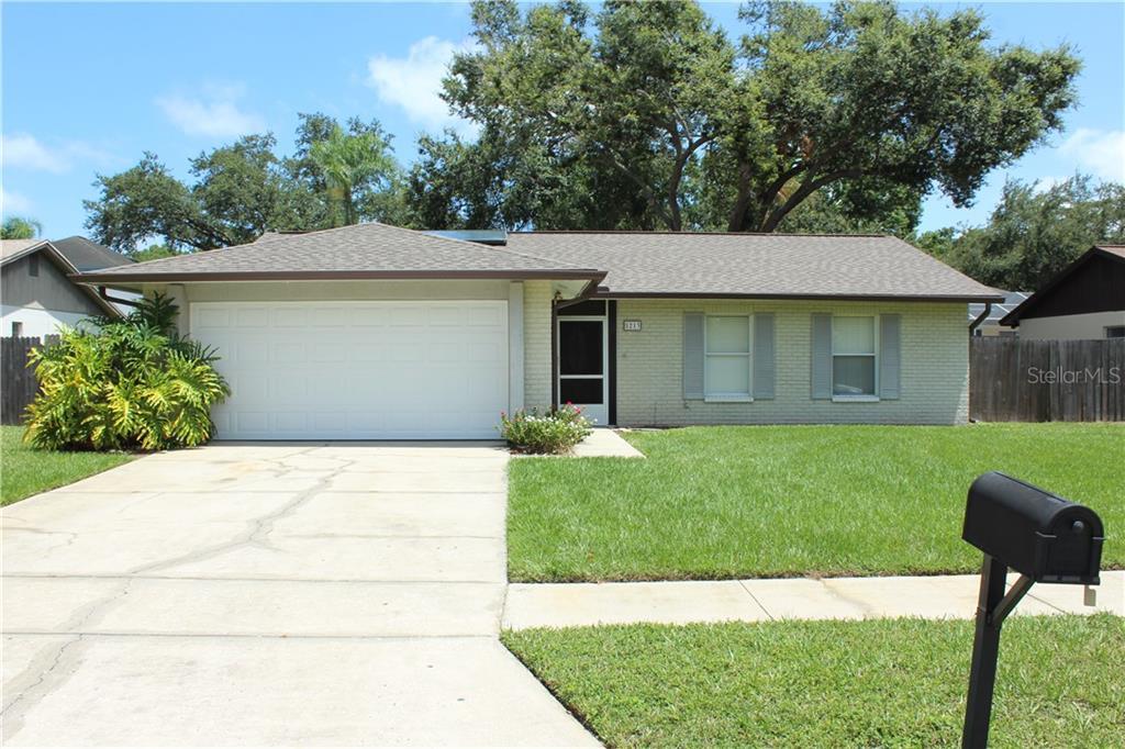5213 NASHVILLE DR Property Photo - TAMPA, FL real estate listing