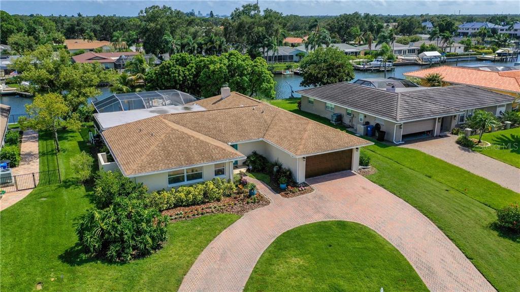 1800 72ND AVENUE NE Property Photo - ST PETERSBURG, FL real estate listing
