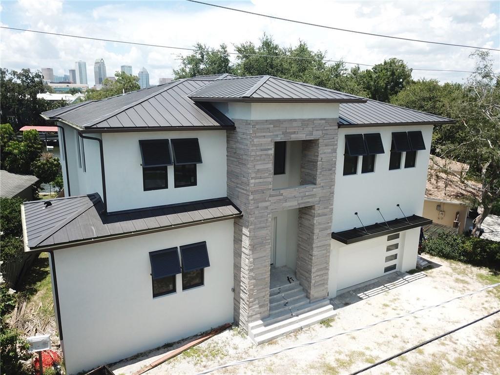 2 Bahama Circle Property Photo 1