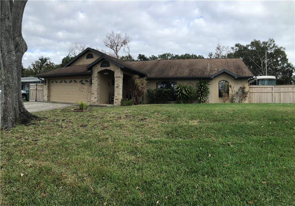 1711 VERDE DR Property Photo - CLEARWATER, FL real estate listing